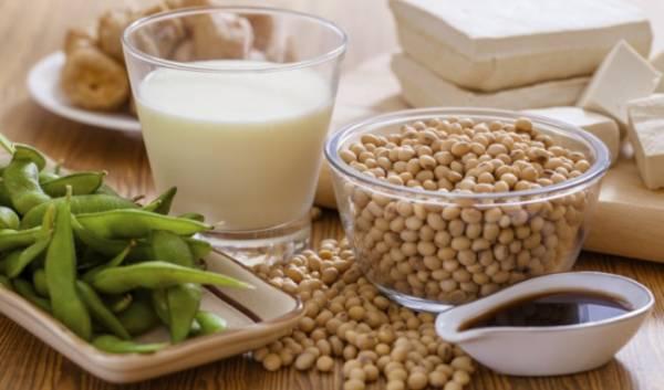 Đậu nành chứa nhiều estrogen thảo dược rất tốt cho vùng kín
