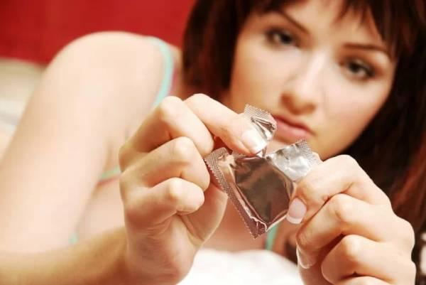 Dị ứng bao cao su có thể làm cô bé bị ngứa sau khi quan hệ